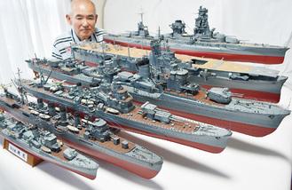 手前から駆逐艦「磯風」、軽巡洋艦「川内」、重巡洋艦「加古」、ショーに出品した「濱風」、空母の「隼鷹」、戦艦「日向」