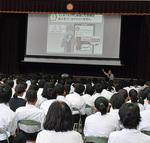 城山中学校でのスマホ教室の様子