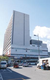 小田原駅西口の新幹線ビル