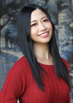 新人演歌歌手の門松さん=日本コロムビア提供