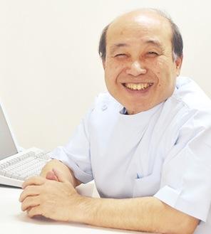 院長の沢野進医師
