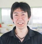 小田原スイミングの仮屋原喬コーチ