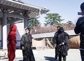 特別に許可を得て、休館中の小田原城NINJA館で撮影