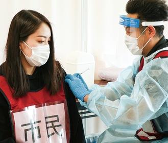 実際の接種を想定(小田原市提供)