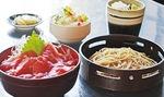 大人気の平日限定日替わりランチは、そばと丼セットで1,100円