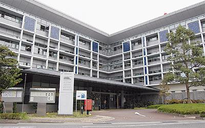 県政総合センターを統合