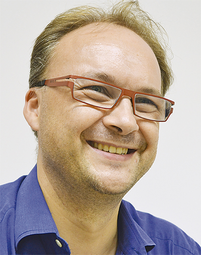 ゾェルゲル ニコラさん