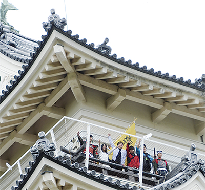 東子ども劇場、城制覇