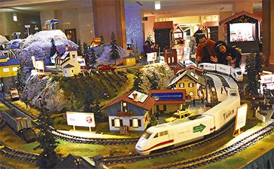 全長11m模型発車オーライ