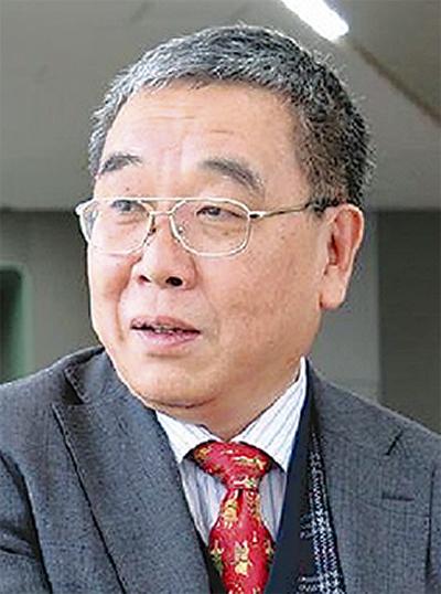 芥川賞作家の吉目木さん来場