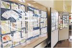 直売店入り口ロビーでは現在、絵手紙作品展を開催中