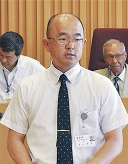 冒頭の行政報告で公約を撤回した本山町長