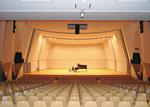 ピアノの音だけが響く貸切の大ホール