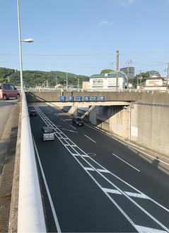 県道78号の河原立体(大井町)