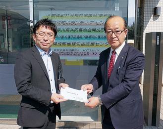 高橋事務局長(左)と安藤専務