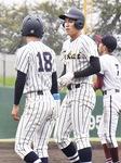 昨秋の県大会決勝で出塁した高橋選手