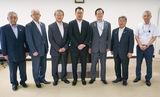 1市5町の首長とヤオマサ田嶋社長(左から4人目)
