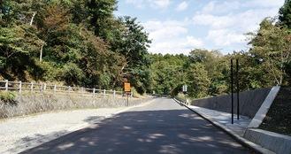 整備途中の南箱道路=南足柄市側(2020年10月時点)