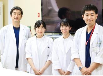 (左から)久慈担当部長、近藤医長、木根医師、結城医師