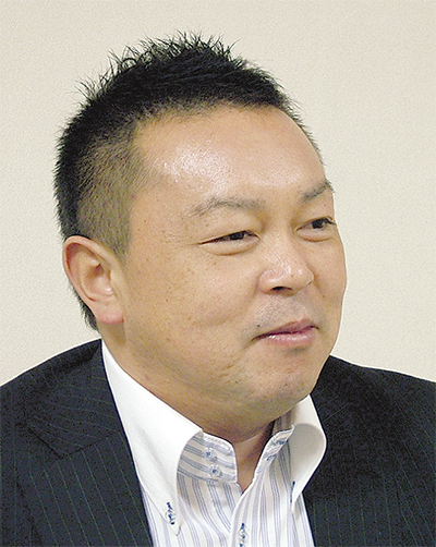 星崎 健次さん