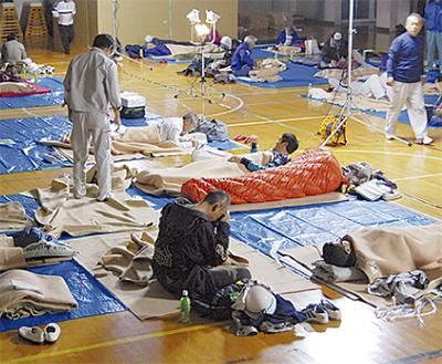 避難所の生活を体験