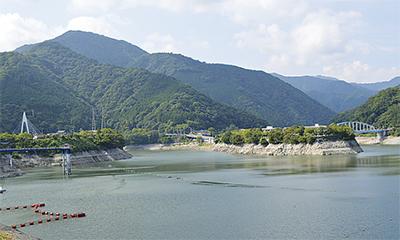 丹沢湖の貯水率62%