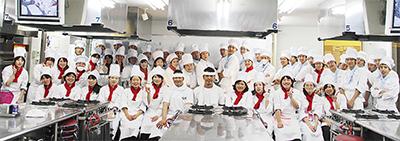 崎村調理師専門学校第35回チャリティー学院祭