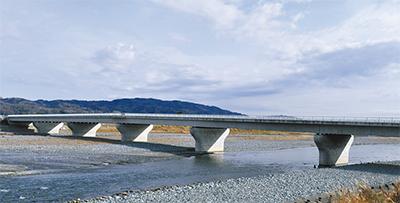 名称「足柄紫水(しすい)大橋」に決定