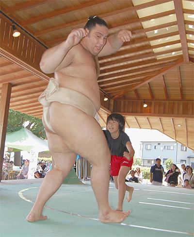 魁聖(かいせい)関とハッケヨイ