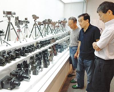 800点のカメラ展