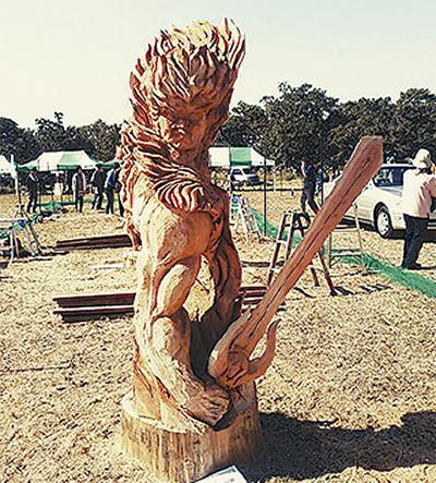 彫刻家、蘭さん全国で準優勝