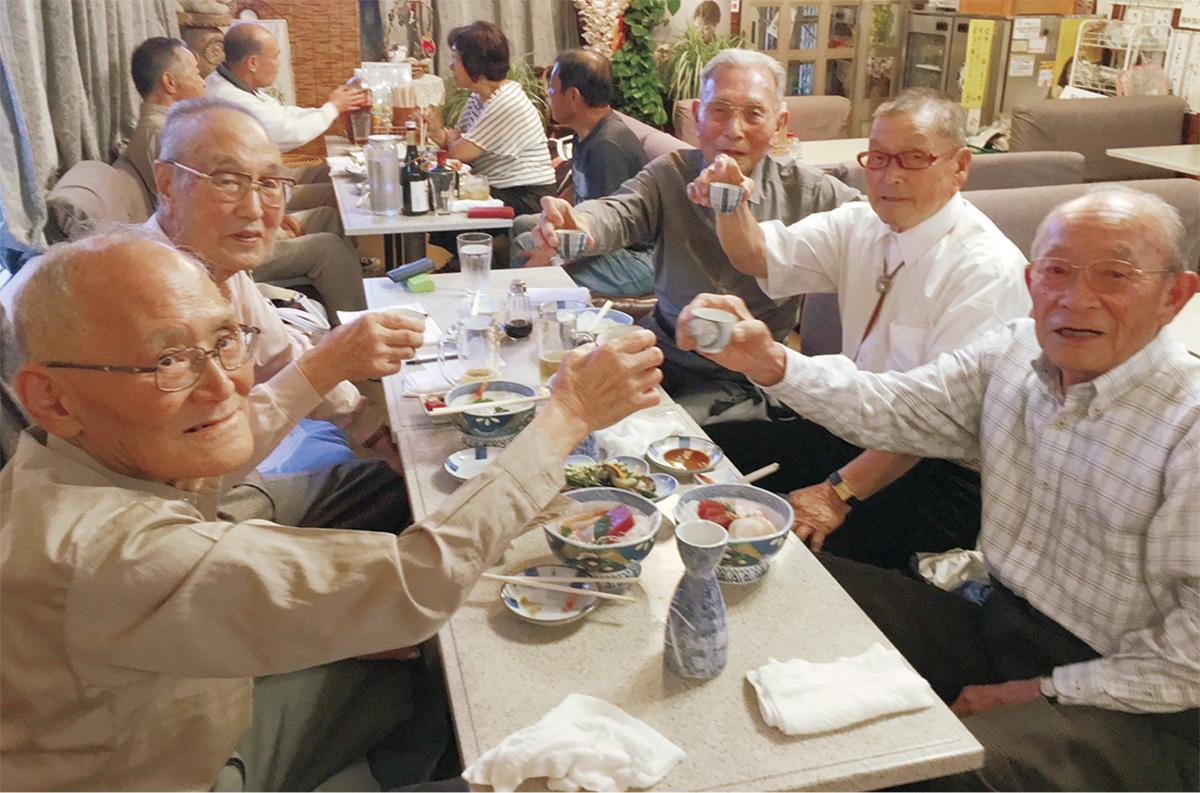 平均92歳の5人「今が青春」