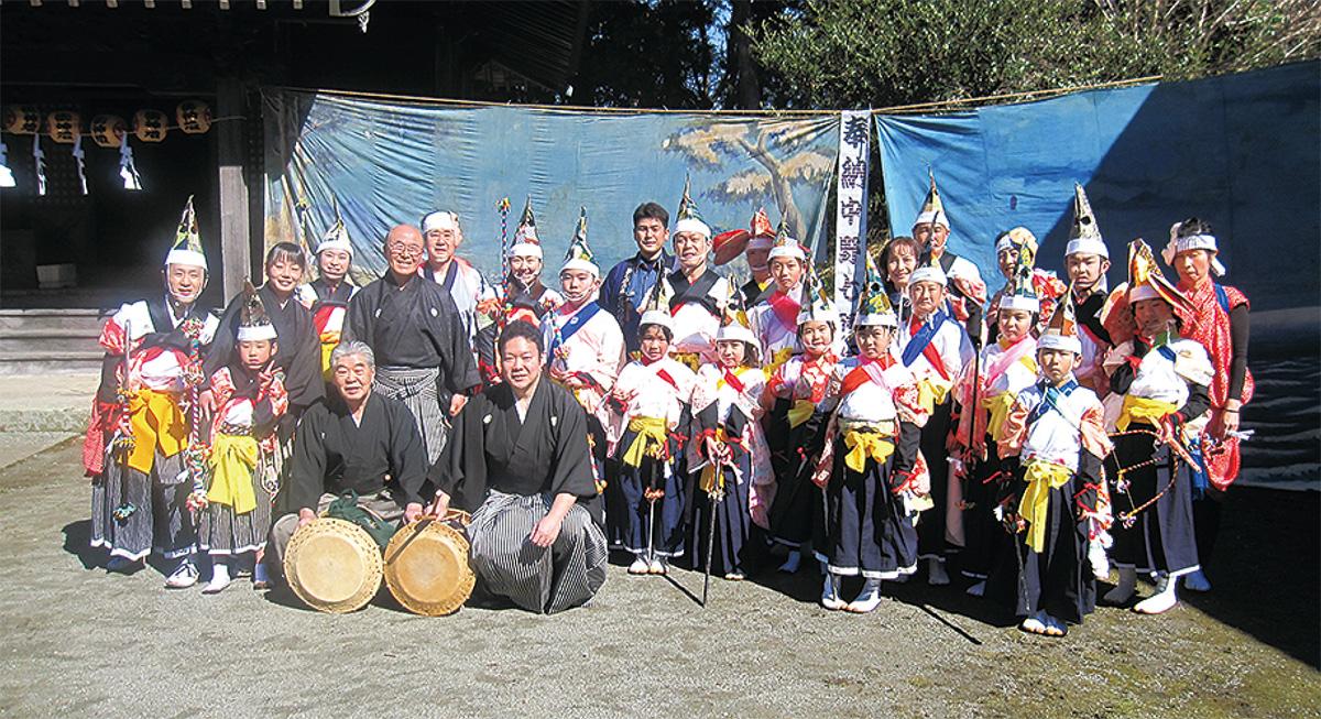 天神社で中野七頭舞奉納