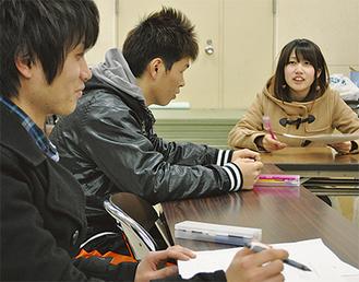 打ち合わせに集まった箱根町の実行委員(先月27日)