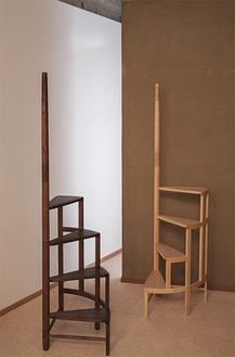 合理的かつ機能的で、美しい家具のデザインが特長