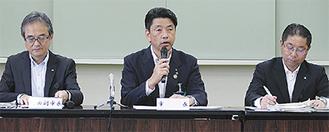 23日に開かれた会見で整備推進を明言した加藤市長