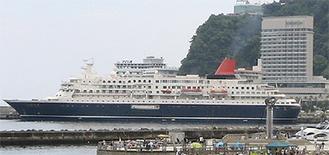 約2万2千トン、長さ166mの船体