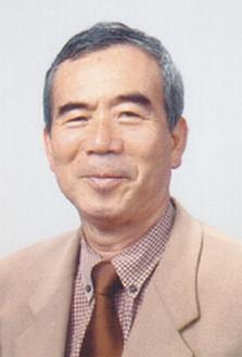 宇佐美彰朗氏