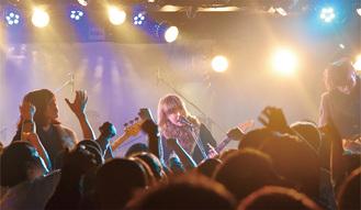 今月2日、新代田FEVER(世田谷)で歌う