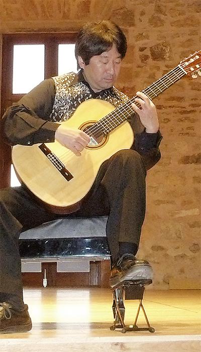 スペインで活躍  高木さん故郷に錦
