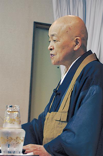 NHKなどに出演青山俊董師が講話