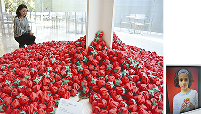 紙の苺たち