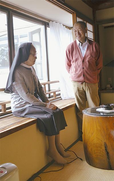 父 山田耕筰、箱根での横顔