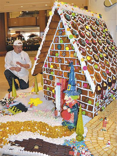 生地から練った本格お菓子の家
