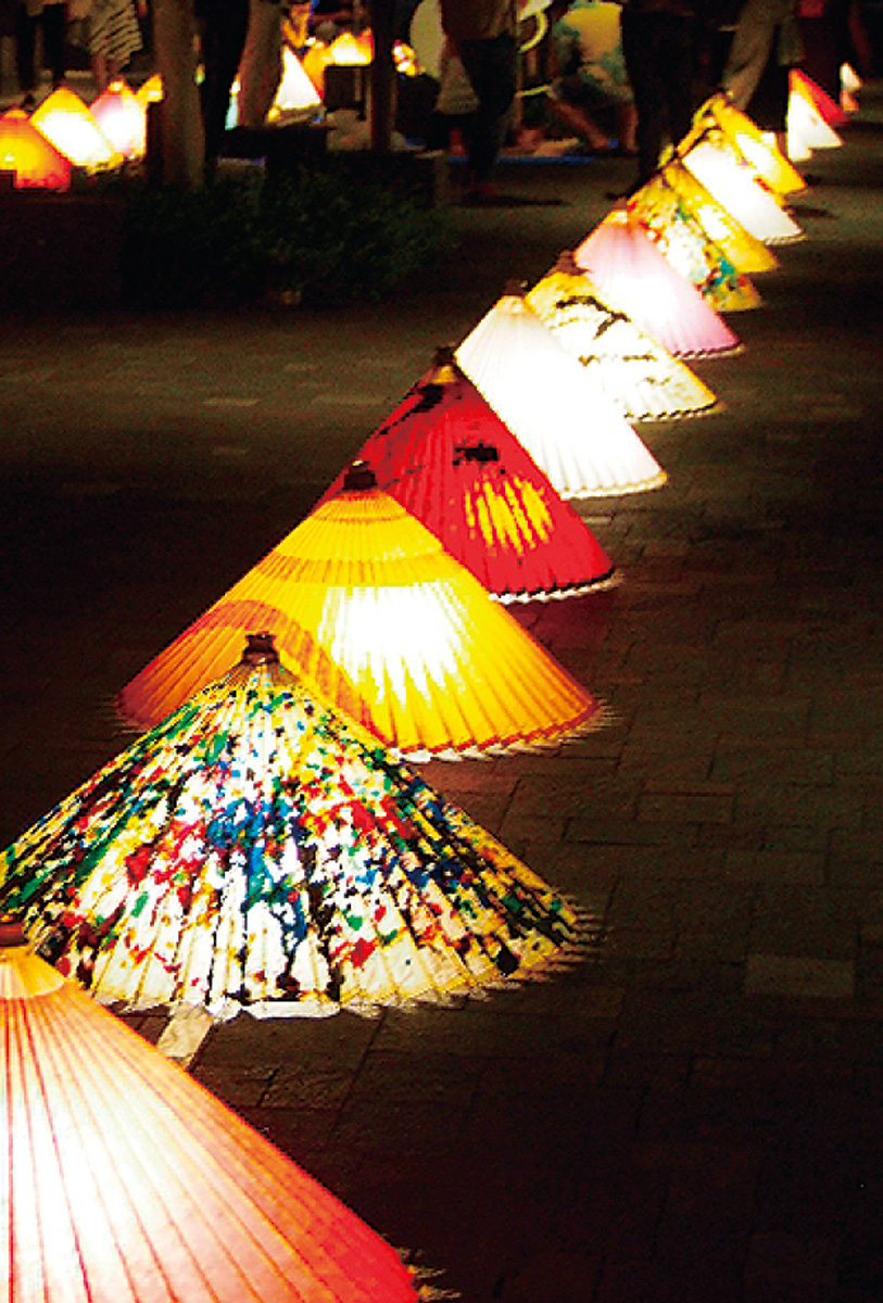 29(土)灯りの祭典今年は傘が彩る