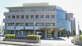 郵便局が入る保健福祉センター