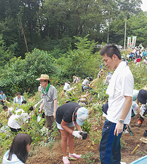 今年8月神奈川病院の敷地で行われた植樹祭