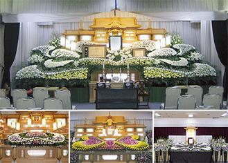 様々な花を自由にアレンジした生花祭壇
