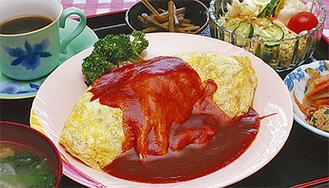 人気No.1の「オムライス定食」。サラダ・小鉢2品・味噌汁・コーヒー付き750円(税込)