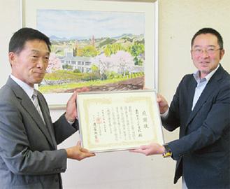 上小PTAの須藤会長(右)